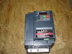 TOSHIBA Frequenzumrichter VF S15S-2007PL-WP 0,75 KW